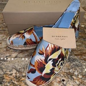 Burberry Hodgeson Espadrille Flats w/Tags